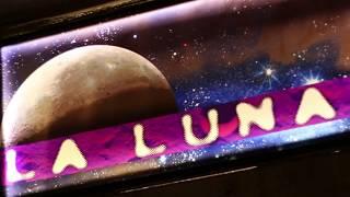 Andrés Honrubia David Alejos Javi Martin presentan La Luna - Love (feat Florin S)