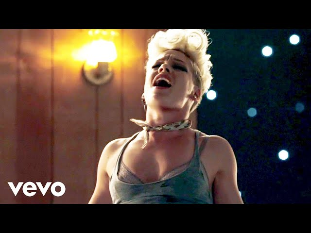 "Videoclip oficial de ""Just give me a reason"" de Pink"