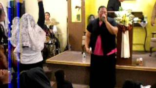 Emily Peña cantando te adorare.. ..minguito