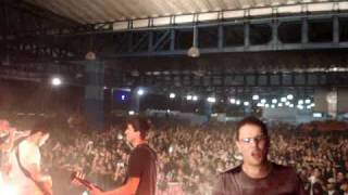 Neura - Qual é? (Cover Marcelo D2) - 08/04/2011 (Abertura Show Pitty)
