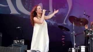 Oonagh - Avalon live