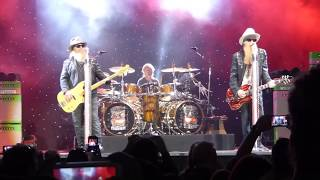 ZZ Top -  Give Me All Your Loving  (PNE 2017)