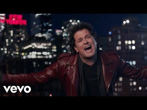 Al Filo De Tu Amor de Carlos Vives Letra y Video