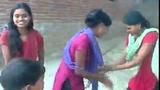 Bhojpuri desi girls dancing on dj ,khurahat,mau