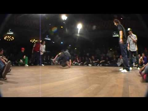 Tatanaka(Ukraine) vs Supernaturalz(Canada) at Floor Wars 09 !!