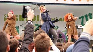 Cel mai mare radio din Romania in Brasov - Lora live la Scoala Germana Kronstadt