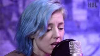 Veronica Maggio - Den första är alltid gratis (live @ Studio HBL)