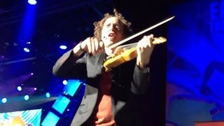 Violinist plays like a Guitar - Tracy Silverman performing rock songs mixed with Disney