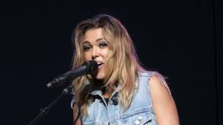 Rachel Platten - Gin and Juice (Live at the Clay County Fair)
