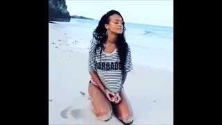 Rihanna Towards the Sun in Barbados (parte I)