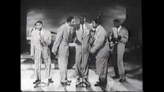 THE CLOVERS. Lovey Dovey.  Live 1954 Appearance.  Great Doo-Wop / R&B Vocal