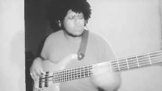 DEUS ESTÁ NO CONTROLE - Sarah (Igor Xiss bass cover)
