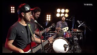 "Banda Jamz faz cover de ""You Give Me Something"" no Todas as Bossas"