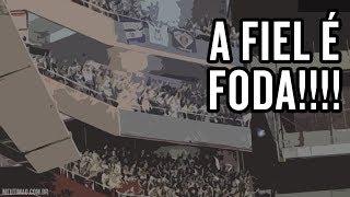 Torcida cantando o hino do Corinthians na Argentina