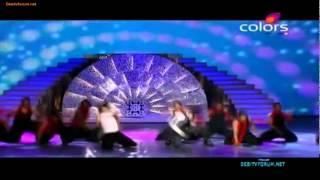 "Shahrukh Khan Vs  Ranveer Singh- Duelo de baile ""Chaiyya Chaiyya ""!"