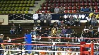 """Pelea MMA """"Sick Boy"""" Vs. """"Especialista en Boxeo"""" Gimnasio NuevoLeon 12 Dic 2009"""