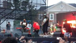 """Mobb Deep perform """"Give Up The Goods"""" (Rock The Bells 2011 NYC)"""