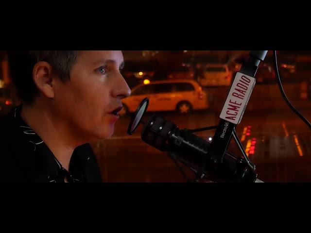 """Vídeo oficial de """"Love In The Modern Age"""" de Josh Rouse"""