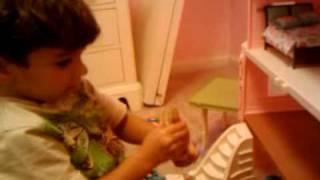 """Tufa singing """" yalla nam""""video-2010-07-10-21-15-46"""