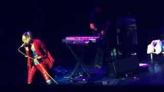 YEAH YEAH YEAHS - Mosquito - Live in Leeds 02/05/13