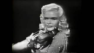 ♥ Jayne Mansfield playing 'Concerto in A Minor' on the violin ♥ watch Diamonds to Dust