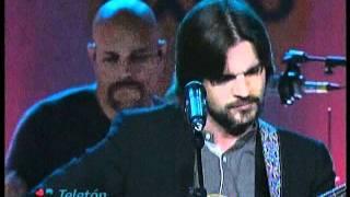 Juanes ft Vicente García - La Soledad Teletón 2011