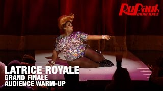 Latrice Royale Audience Warmup Grand Finale - 12 Days of Crowning: RuPaul's Drag Race Season 7
