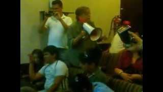 Bola de ladrones cabrones les dice Rosa Ma Oleary a diputados sonorenses