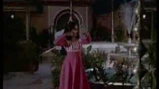 Chalo Koi - Meena T & Vikram - Toofan