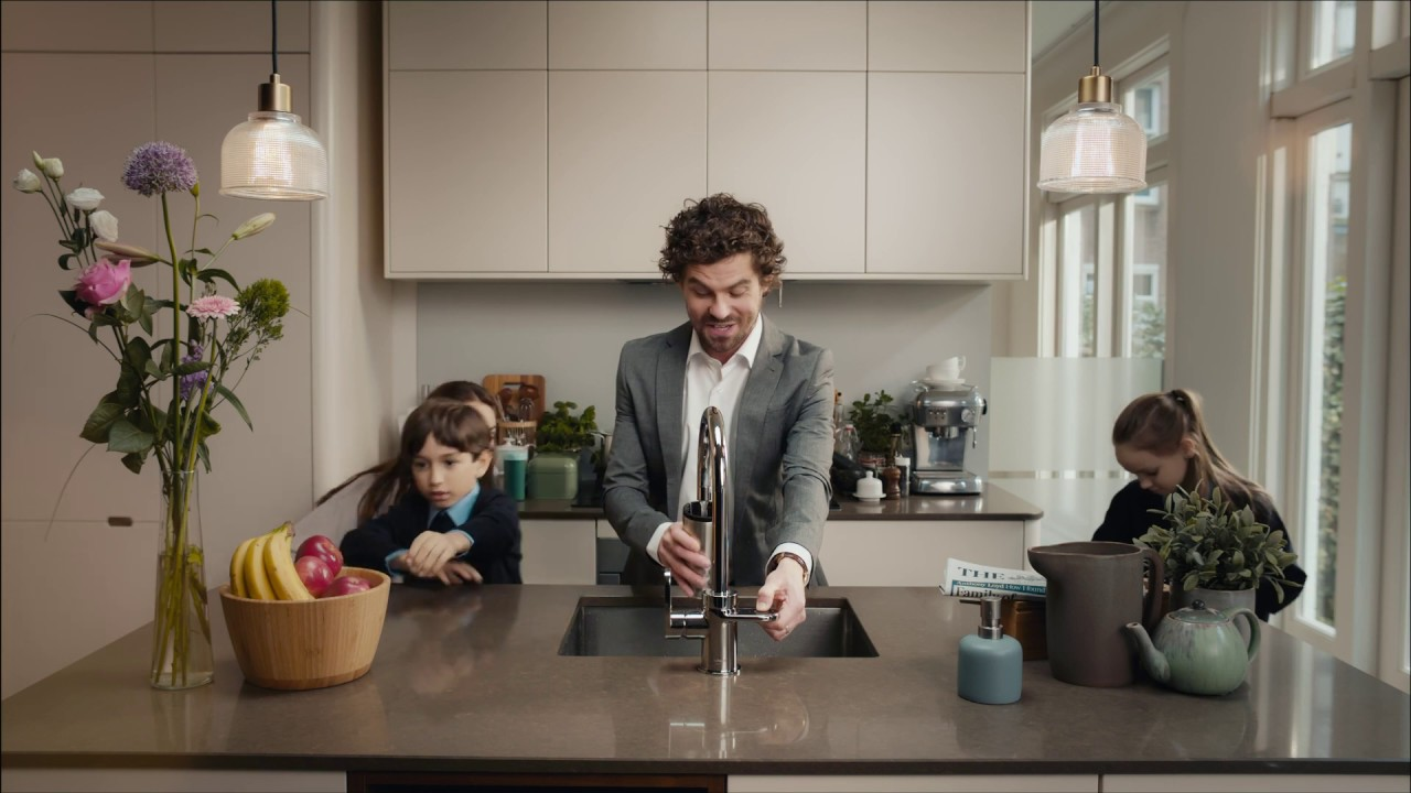 Native UK family with actors and child models for Inventum HotSpot