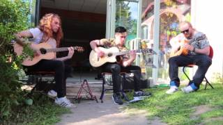 Planet Caravan  cover acoustic (Crystal Ann -annihilator)