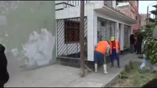Derriban fachada de casa