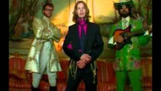 Beck - O Menina (Official Video)