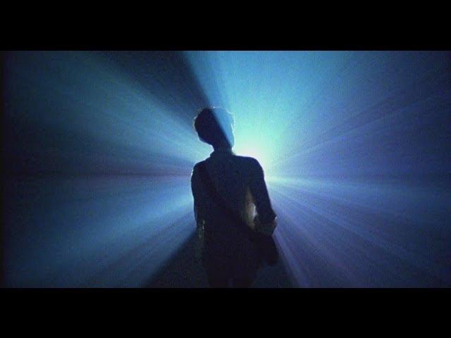 Videoclip de ''Estrellas místicas'', de Triángulo de Amor Bizarro. Dirigido por Luís Cerveró (2013)