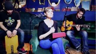Emily Lady - Lola (Acoustic version)