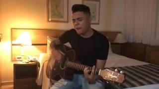Felipe Araújo - Impressionando os Anjos (voz e violão)