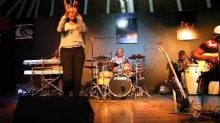 Banda Maravilha & Clélia Sambo- Soba