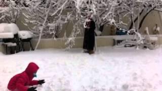 Andrea y Maritza en la nieve Perth Amboy,N.J.