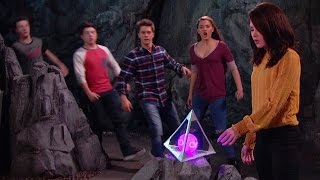 Lab Rats: Elite Force The Rock - Bree gets super powers from the Arcturian