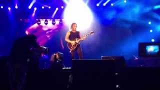 kirk hammett solo abu dhabi 2013 + nothing else matters (fail intro) - metallica