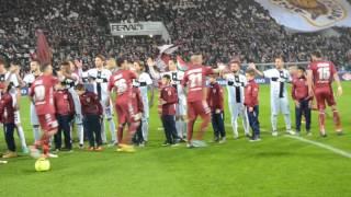 Reggiana-Parma, ingresso squadre in campo (2)
