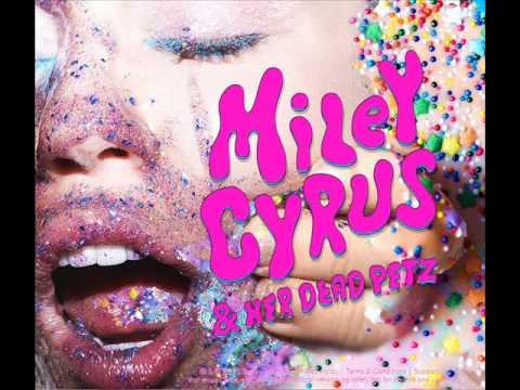 miley-cyrus-the-floyd-song-sunrise-miley-cyrus-her-dead-petz