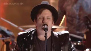 Fall Out Boy - 'Centuries' Live at Peoples Choice Awards 2015