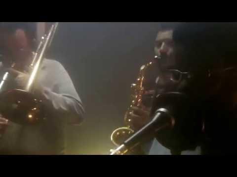 Essa Noite de Zumbalanco Samba Rock Letra y Video