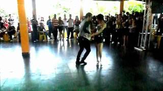 Bachata - Carla Leilane e Samuel Paula - Churrasco dos Forrozeiros 2012