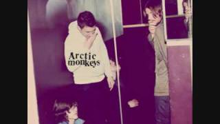 Arctic Monkeys Pretty Visitors Humbug