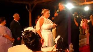 Neilton Souza canta sem seu casamento