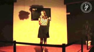 """Catarina Monteiro """"Meu Amor de Longe"""" de Raquel Tavares"""