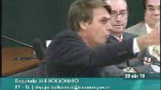 """""""GRAND FINALE"""": COITADO DO MINISTRO DE DIREITOS HUMANOS"""