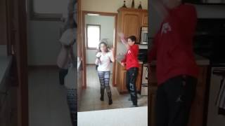 10 YEAR OLD GIRL BEATS UP 15 YEAR OLD BOY  (BLOOD WARNING)